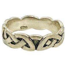 Celtic Knot Ring, Sterling Silver, Celtic Band, Vintage Ring, Irish Jewelry, Size 8, Irish Wedding Band