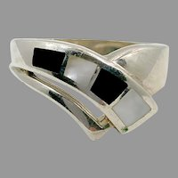 Black Onyx Ring, Mother of Pearl, MOP, Sterling Silver, Vintage Ring, Size 8 1/4, Black White Ring, Inlaid, Inlay