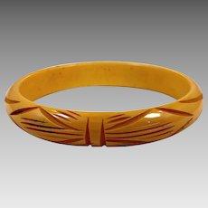 Bakelite Bracelet, Butterscotch Bangle, Carved, Vintage Bracelet, Bow Tie Pattern, Curved