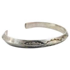 Native American Cuff, Sterling Silver, Vintage Bracelet, Small Wrist, Signed, Lynn Edsitty, Rattlesnake Jaw Pattern, Hand Tooled, Stacking