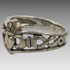 Claddagh Ring, Sterling Silver, Vintage Ring, Irish Jewelry, Celtic Knot, Size 5, Irish Wedding