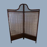 Fabulous Antique Victorian Oak Stick And Ball Folding Screen European Doll Display FREE USA Ship