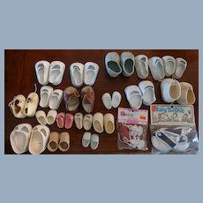 Lot of 20 Pairs Of Vintage Doll Shoes
