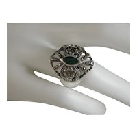 Beautiful Bold Vintage Sterling Silver Chrysoprase and Marcasite Ring Size 10