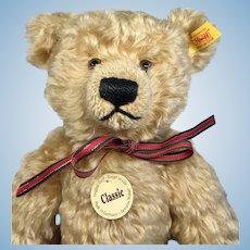 Steiff  Classic Teddy Bear Tags Ear Button