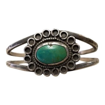 Vintage Southwest Silver and Green Turquoise Bracelet