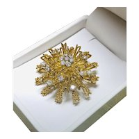 18k Burst Diamond Pin