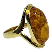 Vintage Ring in Amber ~ circa 1970's