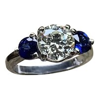 Diamond & Sapphire Ladies Ring