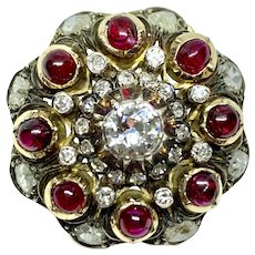 Cabochon & diamond pendant