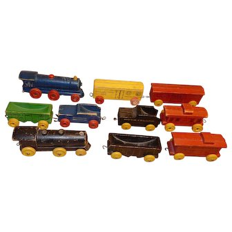 TOY Trains - wood - 1950's - 10 cars & engines - 4-6""