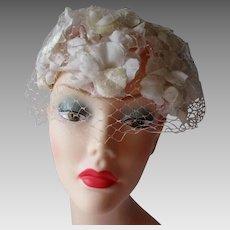 Vintage 1960s White Floral Hat Veil