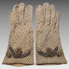Beaded Wristlet Gloves Vintage 1950s Tan Woven Cotton