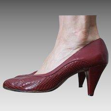 Burgundy Snakeskin Peeptoe Shoes Vintage 1950s Leather Pumps Heels Hush Puppies