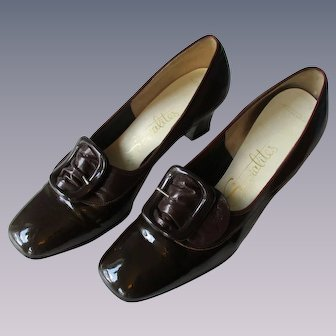 Mod Brown Womens Shoes Vintage 1960s Patent Leather Buckle Socialites
