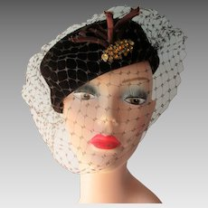 Cocktail Hat Vintage 1940s Brown Velvet Amber Rhinestones Veil