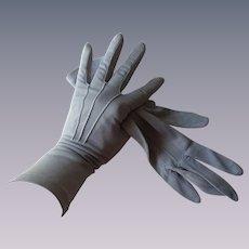 Periwinkle Blue Gloves Vintage 1940s Nylon Kayser