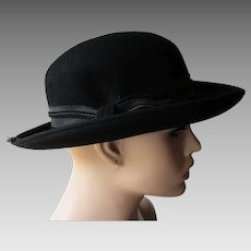 Womens French Bowler Derby Hat Vintage 1960s Black Fur Felt