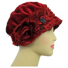 Cloche Hat Vintage 1920s Crimson Red Velvet Ruched Silk Flapper