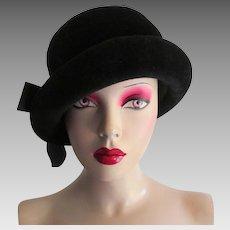 Black Velvet Cloche Hat Vintage 1960s Mr King Deadstock NWT