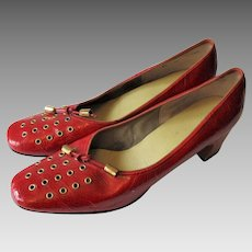 Mod Red Leather Shoes Vintage 1960s Gold Accents Pumps