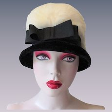 Vintage 1960s Bucket Hat Black Velvet Bow Rabbit Fur