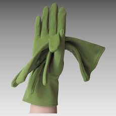 Avocado Green Gloves Vintage 1960s Nylon
