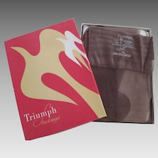 Taupe Nylon Stockings Vintage 1940s Triumph Seamless Three Pairs In Box