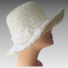 White Straw Summer Sun Hat Vintage 1960s Sears Millinery Bow