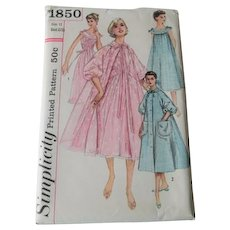 Nightgown Negligee Brunch Coat Sewing Pattern Vintage 1950s Simplicity 1850