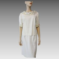 Leslie Fay Spring Suit Vintage 1960s Mod Jackie Twin Set Linen Floral Embroidery Blouse Tunic Pencil Skirt