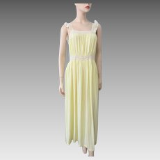 Yellow Maxi Negligee Nightgown Vintage 1940s Nylon Lace Large