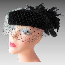 Vintage 1950s Womens Hat Black Velvet Pillbox Feathers Veil