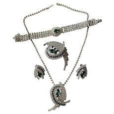 Emerald Vintage 1950s Rhinestone Grand Parure Jewelry Set Brooch Earrings Bracelet Necklace