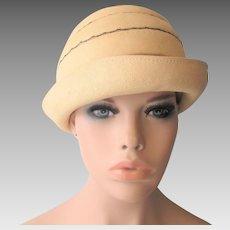 Straw Cloche Hat Vintage 1940s Black Ribbon Band Bow