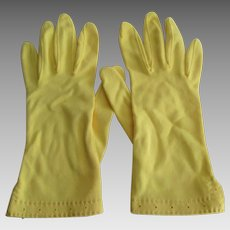 Vintage 1960s Gloves Bright Yellow Nylon Womens