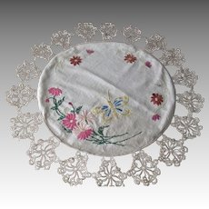 Antique Edwardian Tablecloth Doily Embroidered Floral Butterfly Tatting Lace