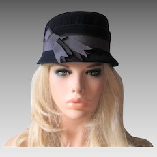 Navy Blue Womens Hat Vintage 1940s Two Tone Blue Band