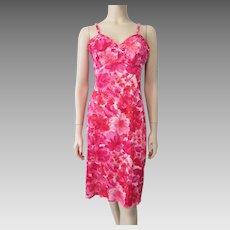 Hollywoode Vassarette Full Slip Vintage 1960s Hot Pink Floral Nylon Lingerie