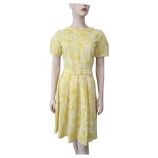 Yellow Paisley Spring Dress Vintage 1960s Bows Belt
