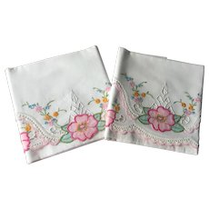 Beautiful Pair Floral Pillowcases Vintage 1930s Embroidery Lace Applique Pink