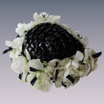 Vintage 1960s Fascinator Hat Black Beehive Center White Millinery Flowers