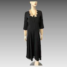 Vintage 1930s Dress Black Crepe Beige Lace Collar Cuffs
