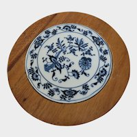 Blue Onion Blue Danube Porcelain & Wood Trivet