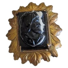 Antique Hat Pin With Black & White Cameo Of A Roman Soldier