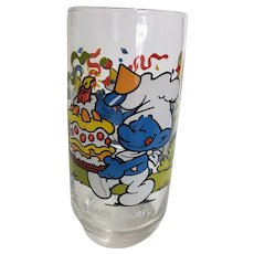 Vintage 1983 Baker Smurf Peyo Collector Glass