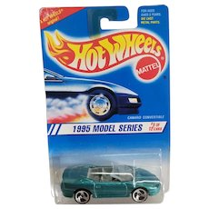 Hot Wheels Car 1995 Model Series #8 of 12 Camaro Convertible 3 Spoke Wheels #344
