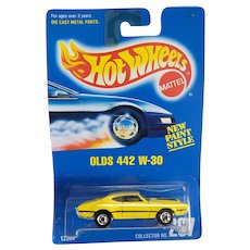 1991 Hot Wheels Car Olds 442 W-30 # 267 New Paint Style Yellow