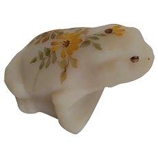 Fenton Art Glass Daisies on Custard Frog Figurine