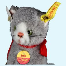Steiff Fuzzy Gray Seated Cat Kitten Susi All ID One Size Only Near Mint